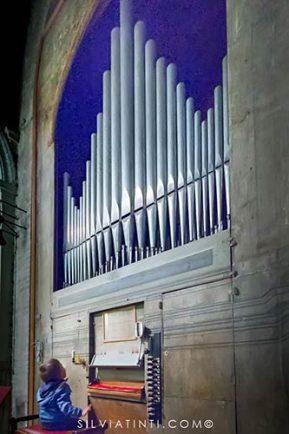 Montecassiano - Collegiata di Santa Maria della Misericordia - l'organo tutt'ora funzionante