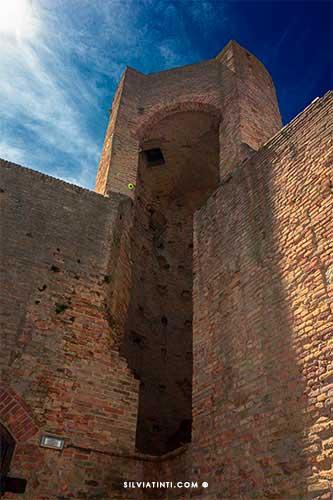 Torre tonda Castello Svevo